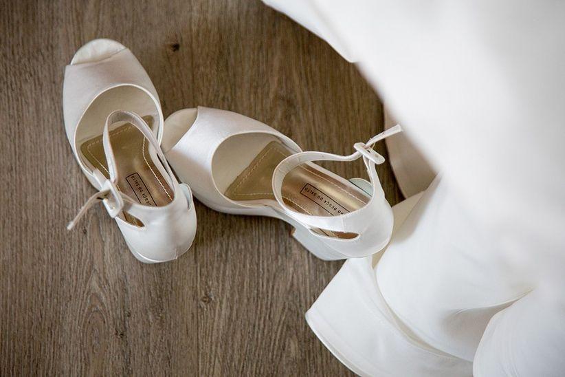 """e7bf19d09 7 Dicas caseiras para amaciar os sapatos antes do """"sim"""