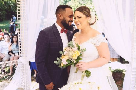 O casamento de Karol e Will: enlace rústico dos sonhos