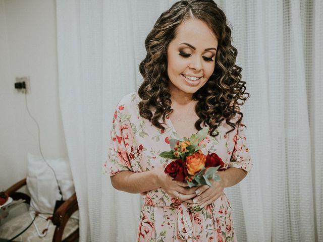Noivas com cabelo ondulado: quais os melhores penteados?
