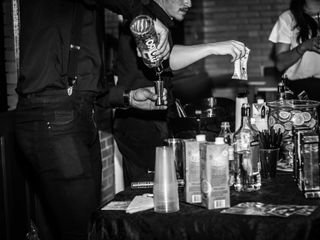 Extreme Show Bar -  Bartenders 4