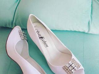 SatisFashion Shoes 1