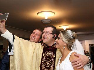 Padre Marcos Vinicius 2