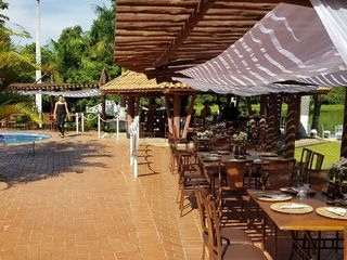 JB Lake Resort 2
