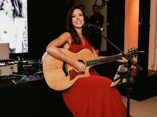 Monica Bezerra - Voz e Violão 2
