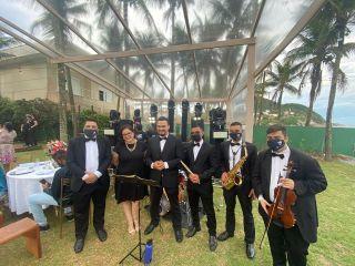 Áthrios Band 1