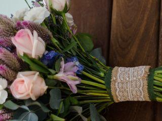 Lori - Design Floral 4