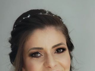 Renata Cassigoli - Penteado & Maquiagem 3