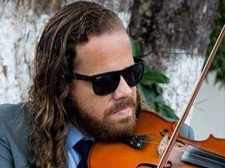 Lucas Oliveira Assessoria Musical 4