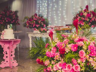 Silvania Alvarenga - Decoração & Designer floral 3