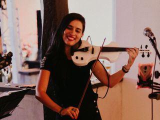 Vanessa Belucio Violinista 5