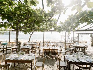 Barracuda Beach Bar & Restaurant 1