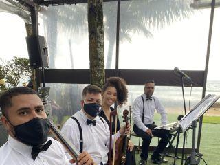 Áthrios Band 5