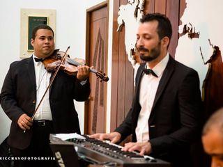 Áthrios Band 6