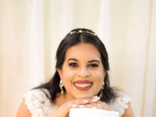 Leticia Muniz Makeup 1