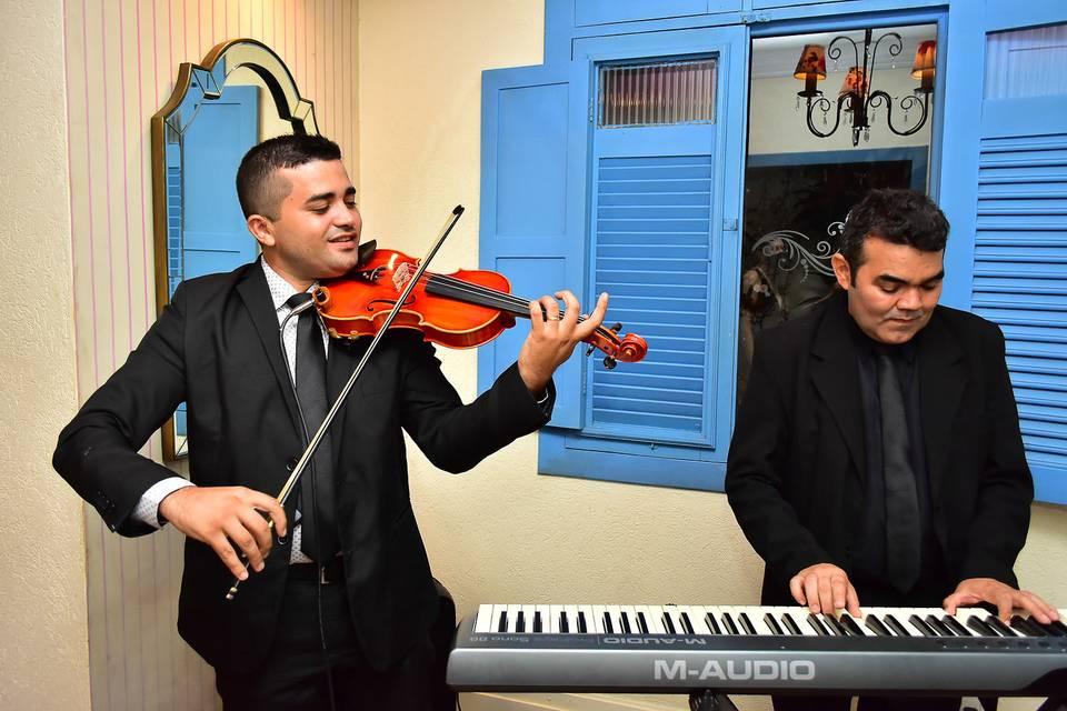 Laio Cosmo Violinista 8