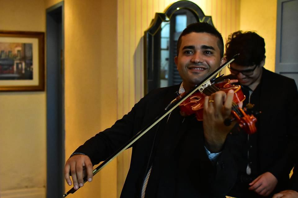 Laio Cosmo Violinista 9