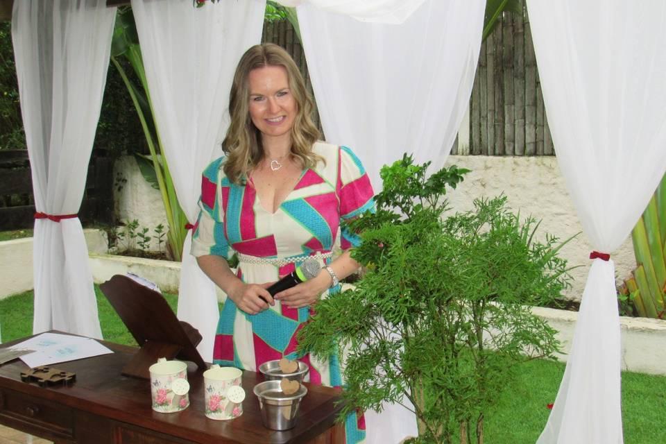 Celebrante Gabrielle Leithold 15