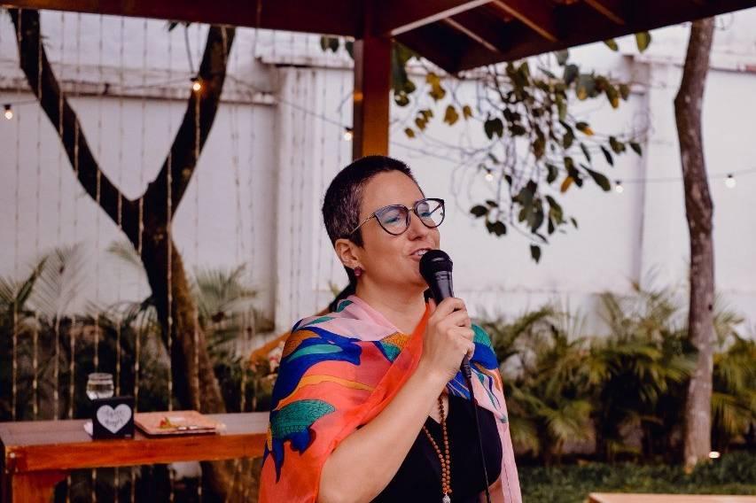 Fernanda Pradella - Especialista na Arte de Encantar 11