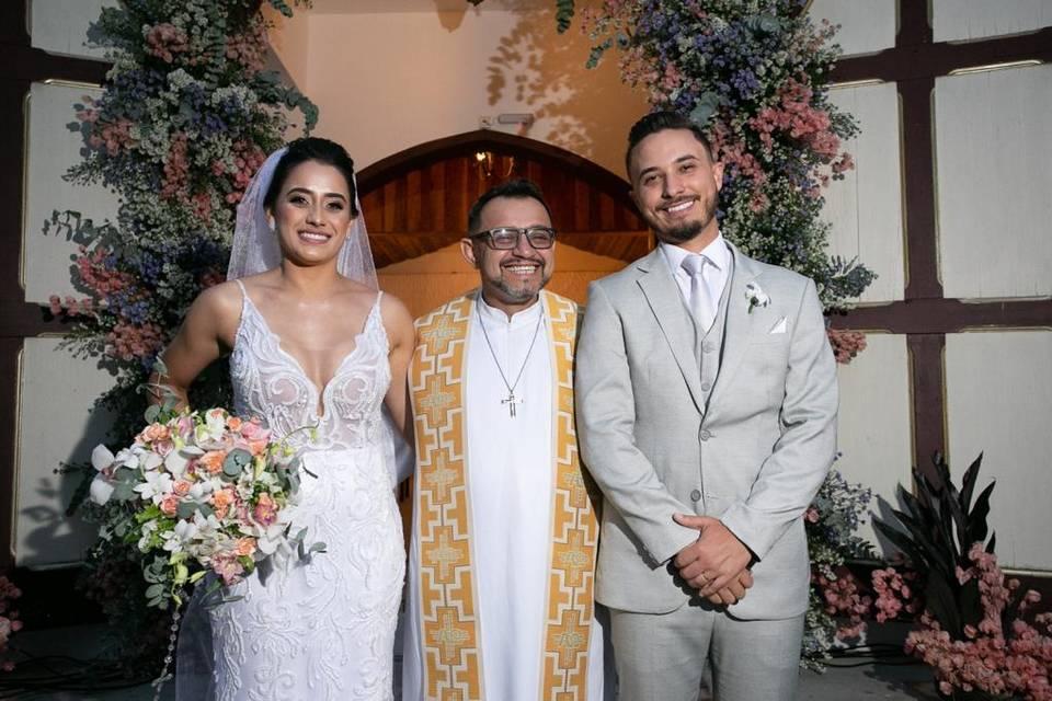 Padre José Ricardo - Celebrante 1