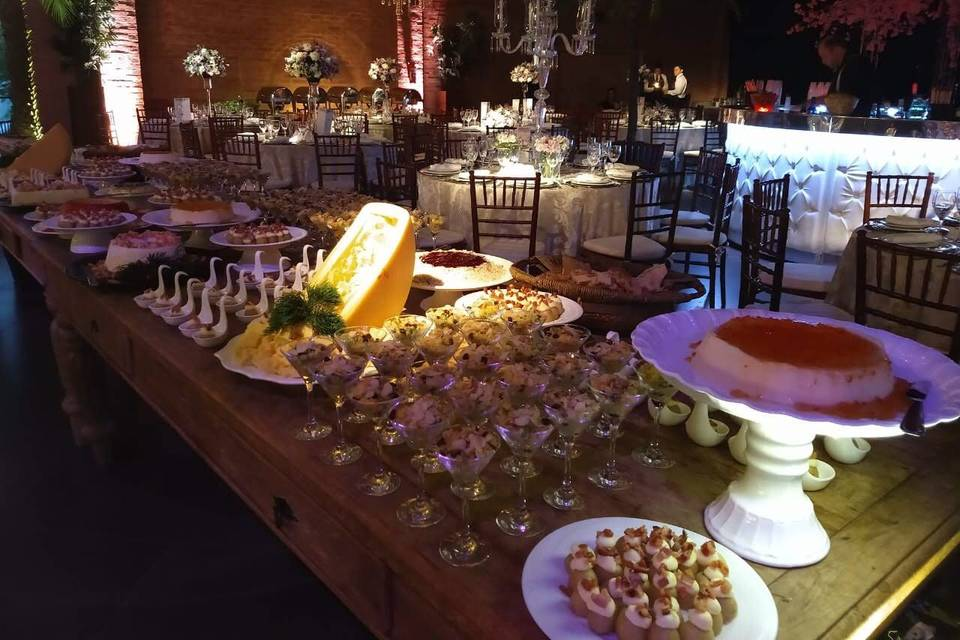 Buffet Hernandes Gastronomia 4