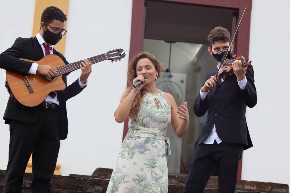 Ana Lúcia Música 8