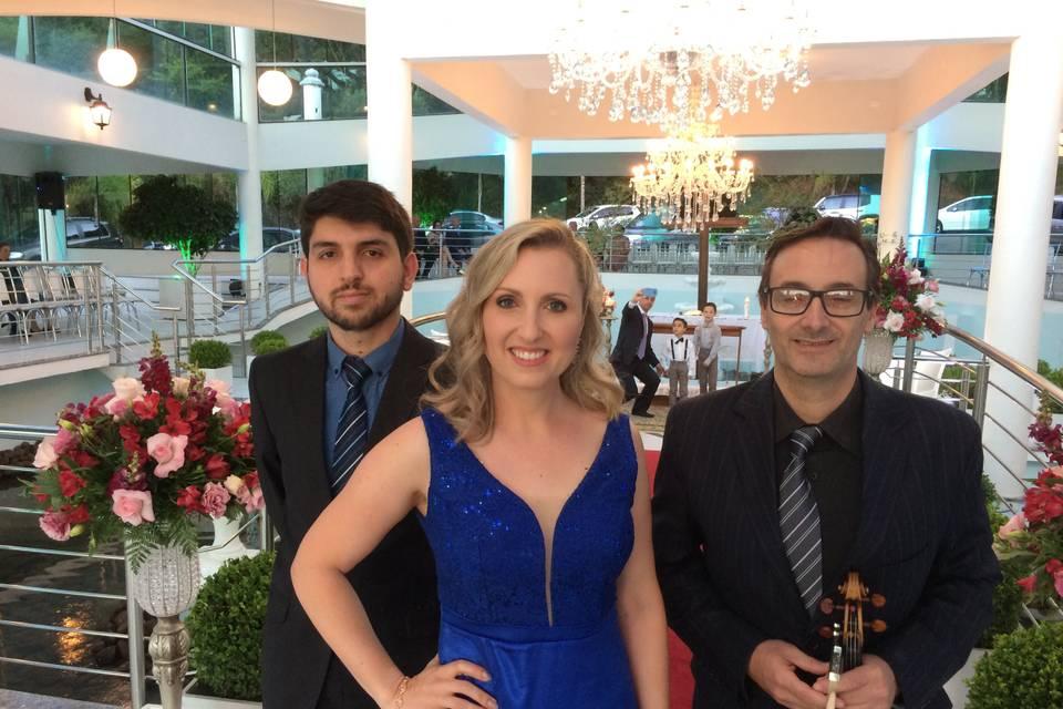 Carina Zilio - Casamento & Eventos 14