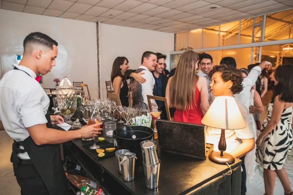 Bartenders Bar 4