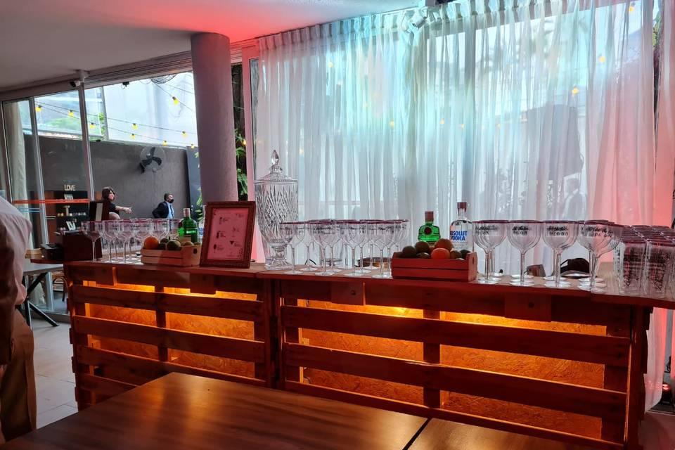 Bartenders Bar 1