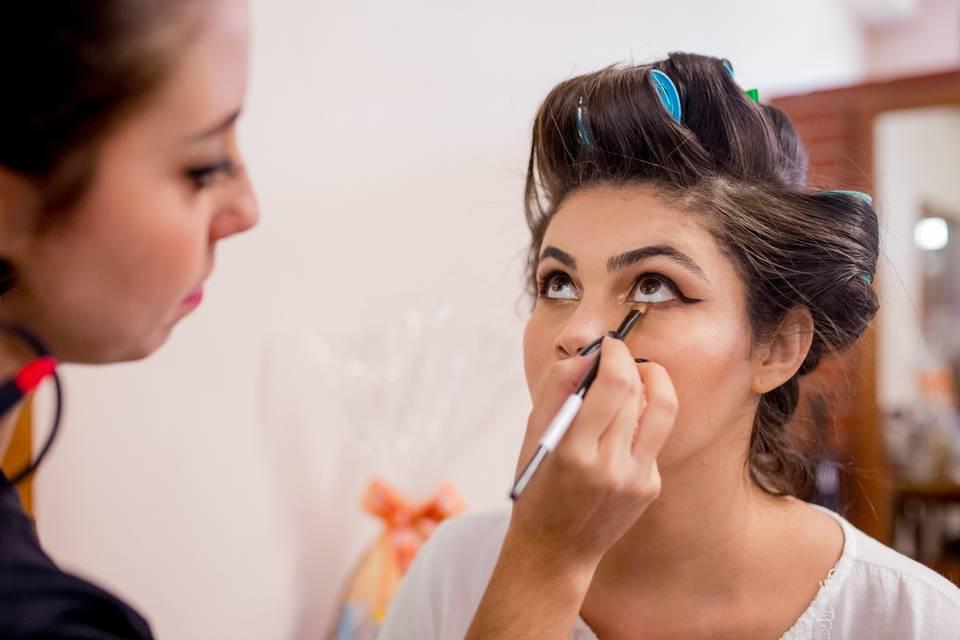 Thaís Teixeira Beauty Artist 18