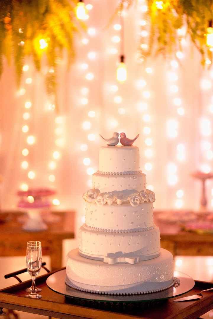 5. Decoração (bolo fake)