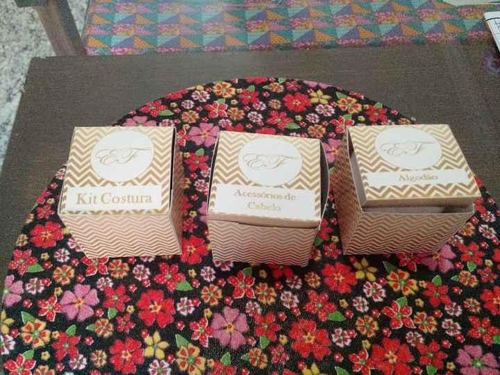Caixinhas: kit costura, acessórios de cabelo e algodão
