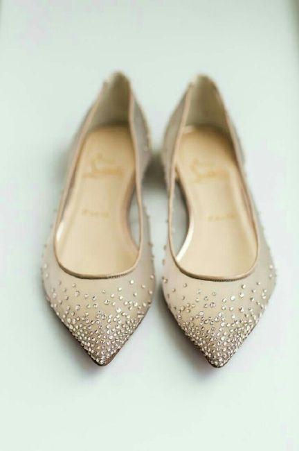 d0fa42d51 Sapatos para casar na grama - 3