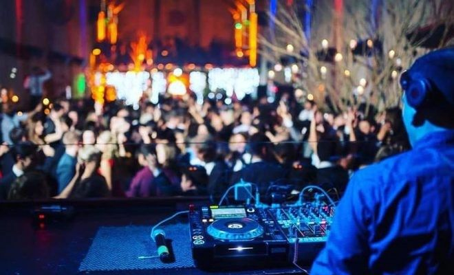 Prefere DJ ou banda? 1