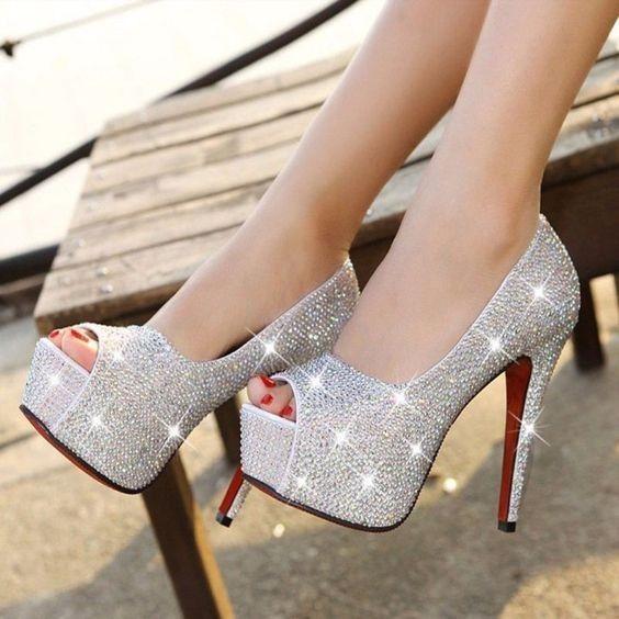 EU NUNCA... usaria esse sapato 2
