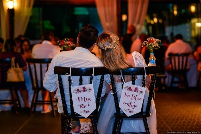 Cadeira dos noivos romântica ou moderna? 1