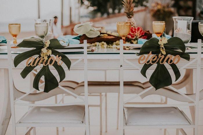 Cadeira dos noivos romântica ou moderna? 2
