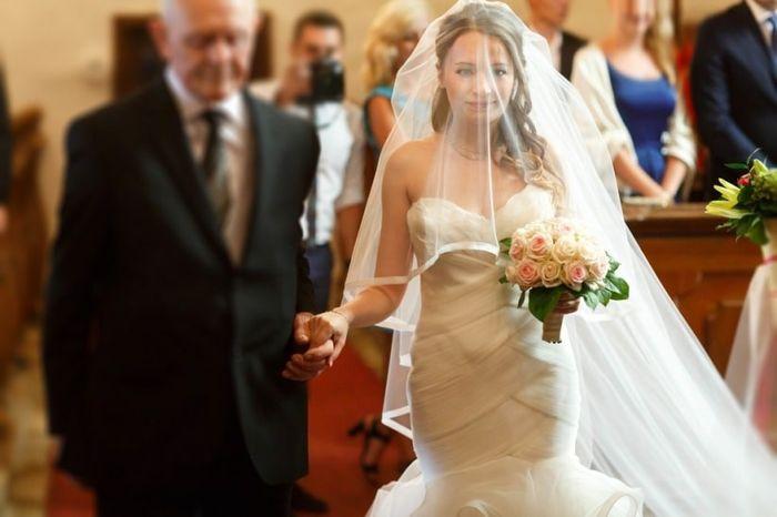 Clássica ou diferentona: a entrada da noiva 1
