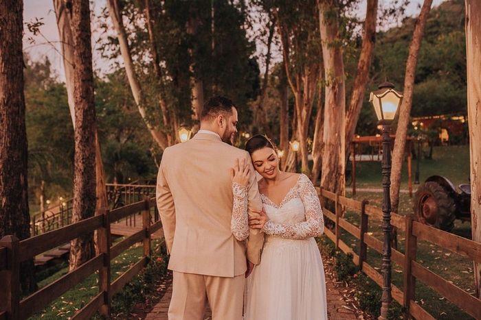 Escolha uma SAÍDA para estes noivos! 1
