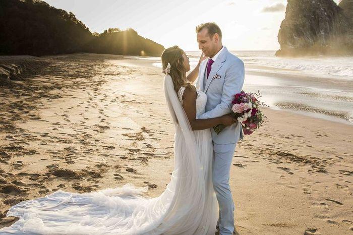 Look de noivo para casamento praiano: qual você salva? 1