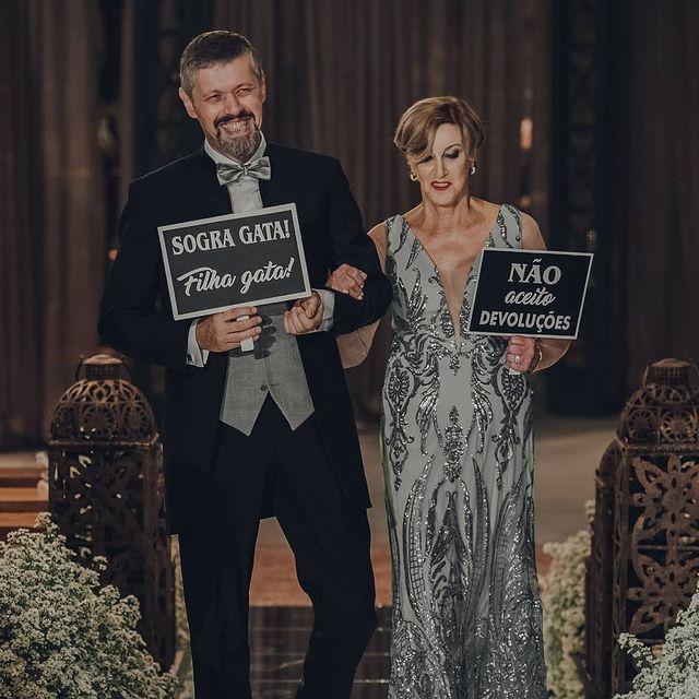 Plaquinhas originais para noivo e sogra: gosta? 2