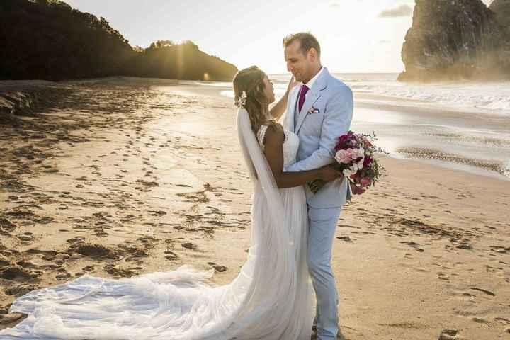 Look de noivo para casamento praiano: qual você salva? - 1