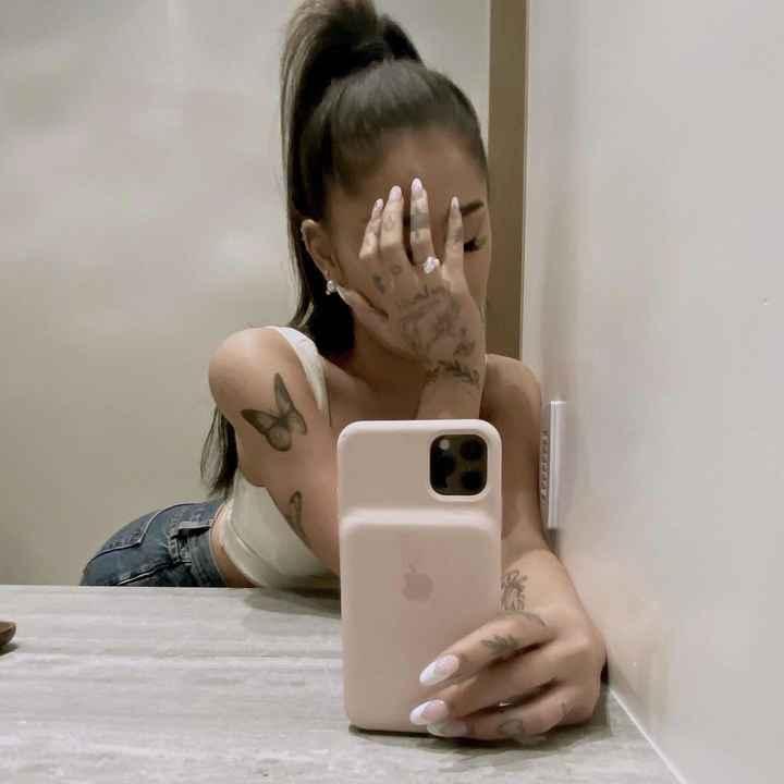 Ariana Grande ficou noiva - e o anel é incrível! 💍 - 3