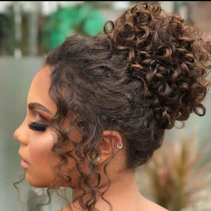 Penteados pra cabelos cacheados - 3