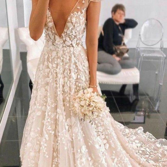Escolhendo o vestido de noiva 👰 5