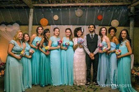 Vestido de madrinha cor azul turquesa