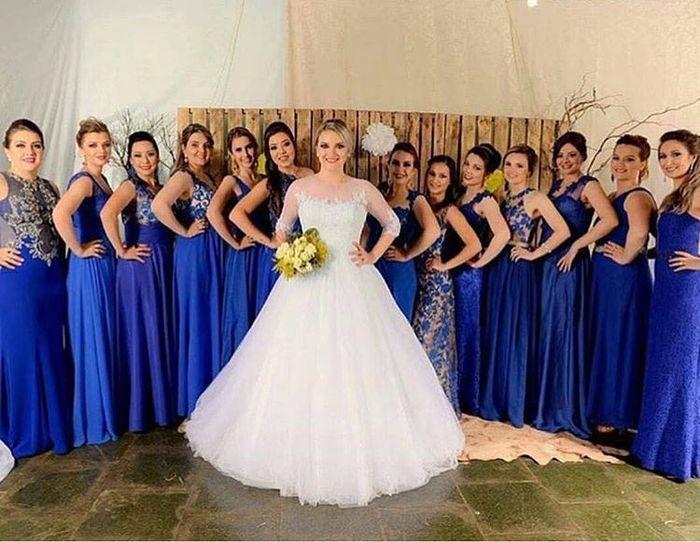 Madrinhas de vestido azul royal