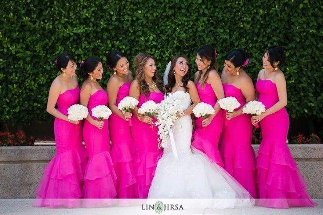 Resultado de imagem para madrinhas de casamento pink