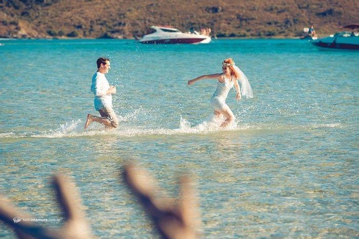 Ideia de foto divertida para pré-wedding: qual você salva? 3