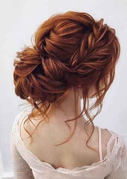Penteado para o casamento: coque com flor - 1