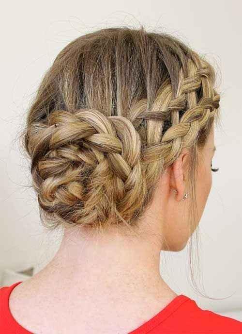 Penteado para o casamento: coque com flor - 6